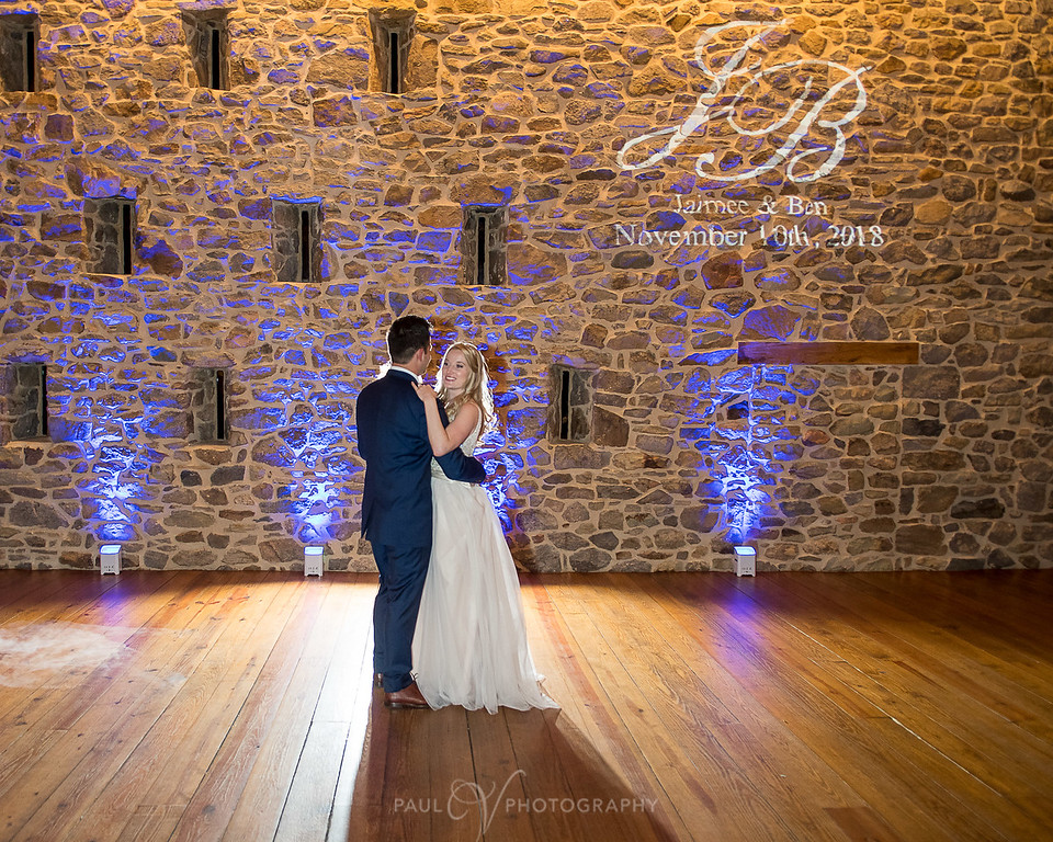 harvest view barn at hershey farms wedding
