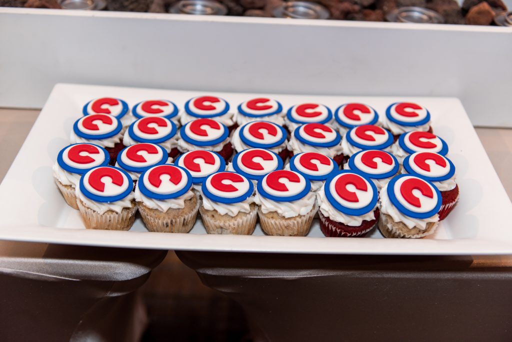 cubs baseball cupcakes wedding dessert