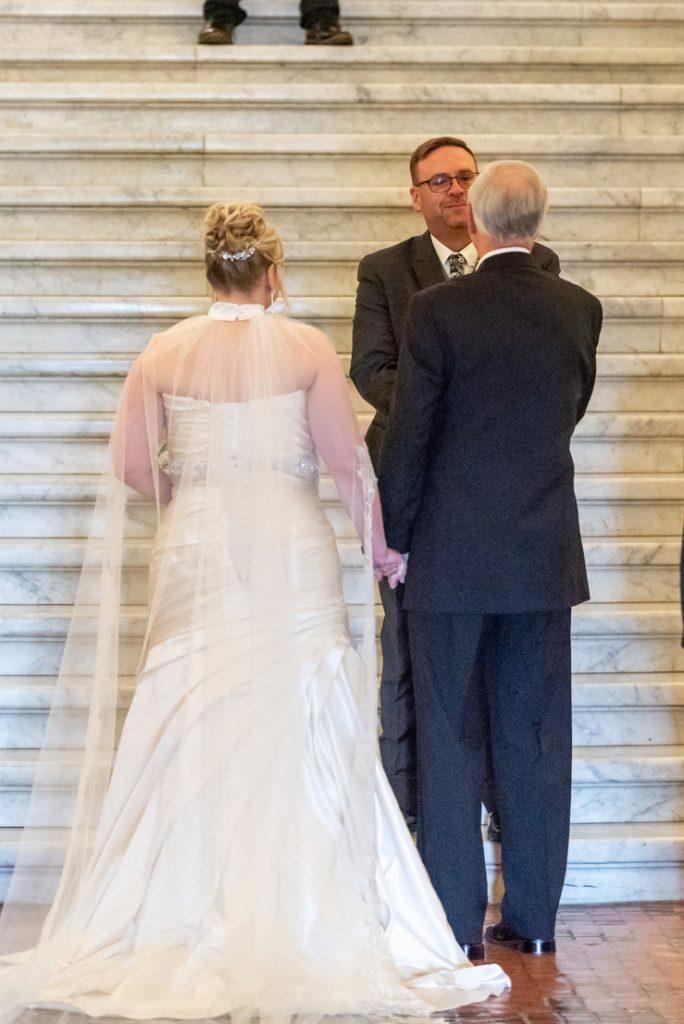 harrisburg capitol rotunda wedding emerald stone photography
